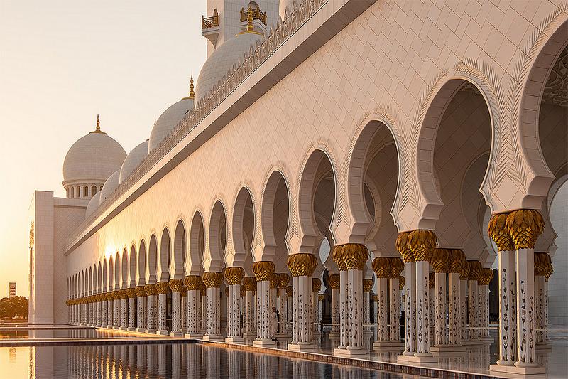 http://adrieng.com/img/mosque02.jpg